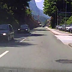 """Parked car"" rolled downhill - Dashcam"