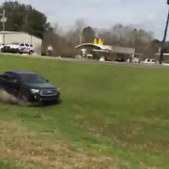Wild ending to a high speed chase in Webster Parish